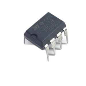 100806 Uc3845 (dip 8) Pt1